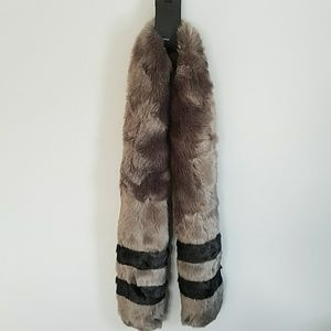 Luxurious Faux Fur Jersey Stripe Scarf